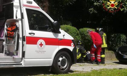 Anziano cade in giardino a Como: intervento dei soccorsi