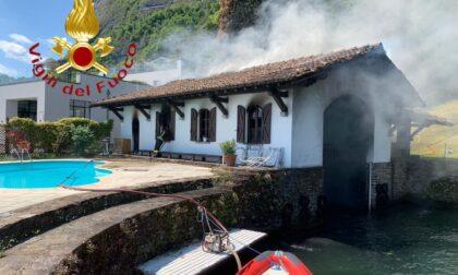 Incendio in darsena e su un'imbarcazione