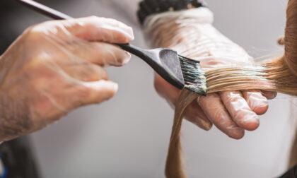 Cura dei capelli: quando la tinta è sbagliata un aiuto arriva dal decapaggio