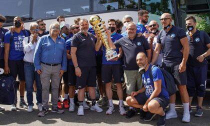 Pallacanestro lariana coach Stefano Sacripanti riporta Napoli in serie A1