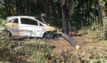 L'auto sta per prendere fuoco, giovane di Villa Guardia salvata da un passante