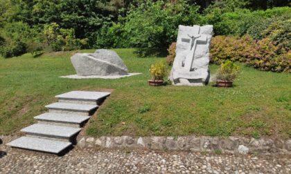 Un altare in granito per il parco di Chiesa Alta a Drezzo