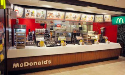 Alla faccia della disoccupazione: McDonald's non trova personale