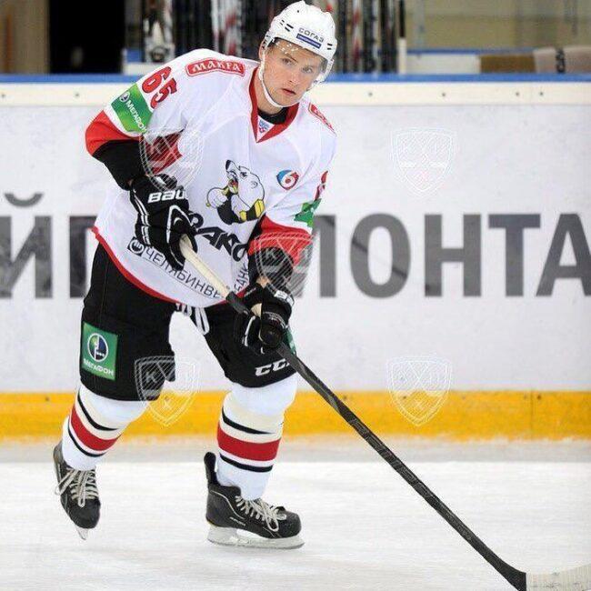 Hockey Como Mikhail-Flyagin