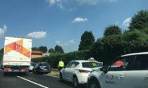 Scontro tra automobili a Carugo