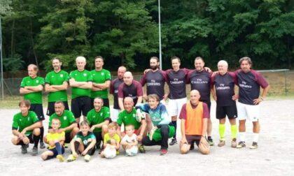 Ronago: in campo a 79 anni per giocare a calcio col figlio di 49