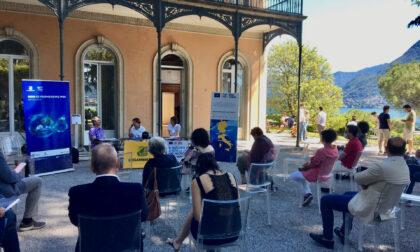 Goletta dei Laghi torna sul Lario: acque fortemente inquinate al Monumento ai Caduti a Como