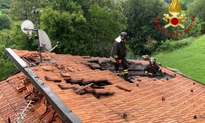 Il fulmine colpisce la centralina: in fiamme il tetto di una casa a Dosso del Liro