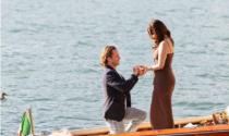 """Romantica proposta di matrimonio sul lago di Como: l'attrice statunitense dice """"Sì"""""""