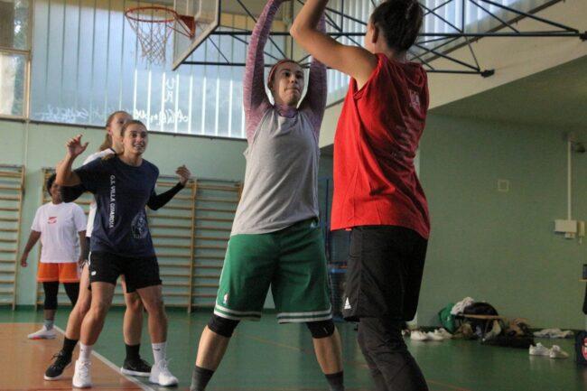 Basket Como in allenamento
