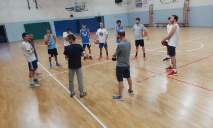 Basket serie D domani le capoliste Rovello eAppiano in trasferta a Tavernerio e Cabiate