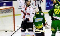 Hockey Como il forte attaccante Simone Asinelli arriva a rinforzare il team biancoblù di IHL