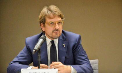 """La proposta dell'assessore Guidesi: """"Tavolo regionale della filiera del tessile a Como"""""""