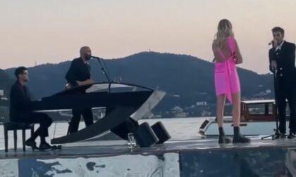 Speciale sorpresa di Fedez a Chiara Ferragni: concerto sull'acqua con il pianista Alessandro Martire