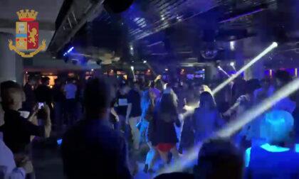 I selfie sui social smascherano i balli in discoteca: multa e chiusura per l'Albert