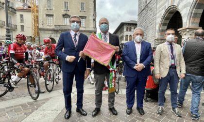 Giro di Lombardia da Como a Bergamo: trionfa Pogacar davanti all'italiano Masnada