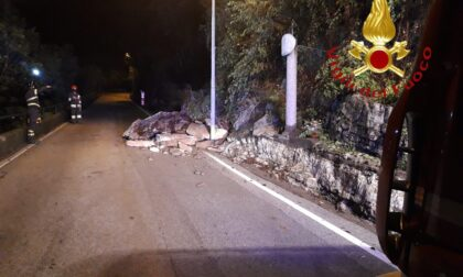 Smottamento a Caslino d'Erba, strada interrotta