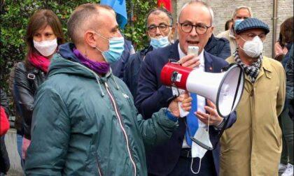 Assalto di No Green Pass e neofascisti alla CGIL a Roma, presidio a Como