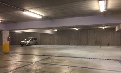 Mozzate, vandali nel parcheggio: beccato un minorenne